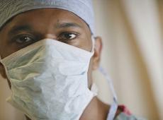 verpleger mondmasker